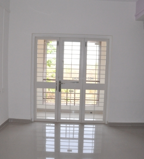 Flat Hall